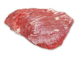 PACÚ  É um corte do vazio ou fraldinha. Também conhecido como bife do vazio, é chamado de bife de vacio (espanhol), bavette de flanchet (francês) e flank steak (inglês).
